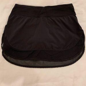 Lulu lemon mesh skirt